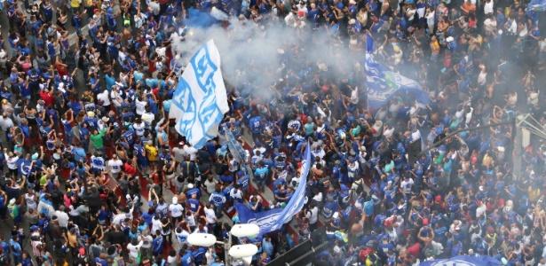Torcedores encheram as ruas de BH para celebrarem o sexto título da Copa do Brasil - FERNANDO MORENO/FUTURA PRESS/FUTURA PRESS/ESTADÃO CONTEÚDO