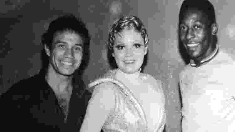"""Stênio Garcia, Regina Duarte e Pelé no set de """"Os Estranhos"""" - Reprodução"""
