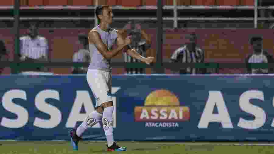 Diego Pituca comemora gol contra Red Bull - Marcello Zambrana/AGIF