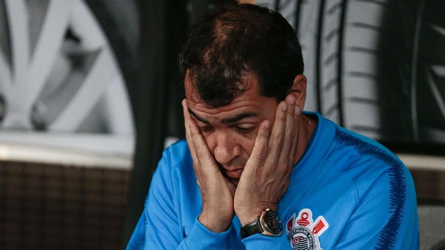 Fábio Carille foi o principal alvo dos torcedores em protestos no CT Joaquim Grava e nas redes sociais - Marcello Zambrana/AGIF