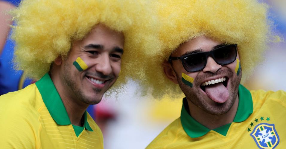 Torcedores aguaram o início do jogo entre Brasil e Peru