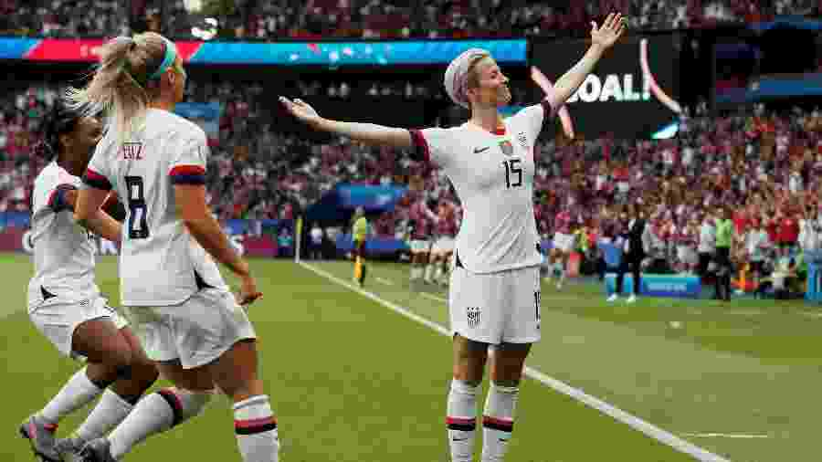 Megan Rapinoe comemora seu gol em jogo França x Estados Unidos pela Copa do Mundo feminina - REUTERS/Benoit Tessier