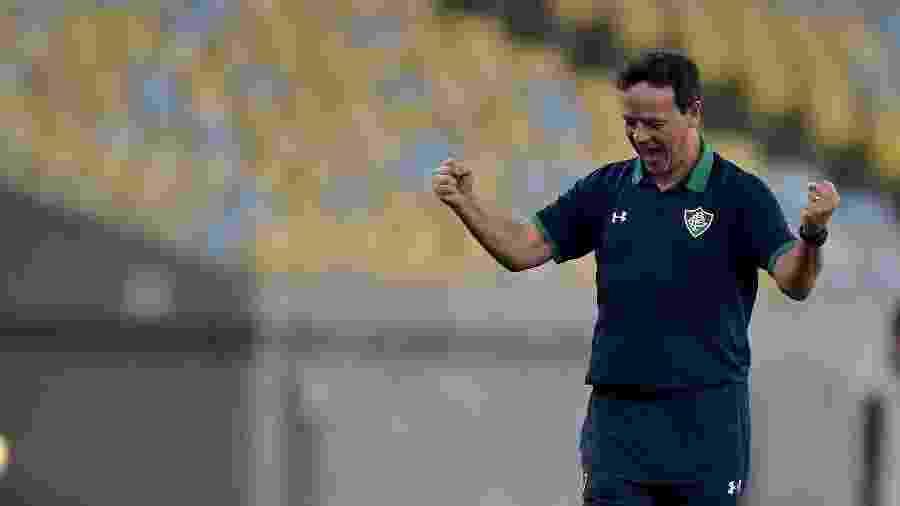 Fernando Diniz, técnico do Fluminense, deve repetir formação - Thiago Ribeiro/AGIF