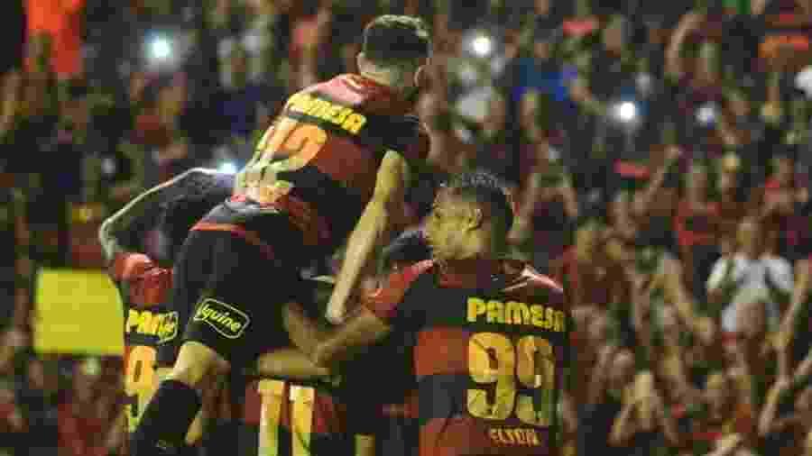 Sport pode conquistar acesso amanhã, antes mesmo de voltar a campo - Anderson Stevens/Sport Recife