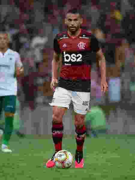 Thiago Maia em ação pelo Flamengo - Alexandre Vidal, Marcelo Cortes & Paula Reis / Flamengo