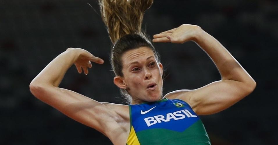 Fabiana Murer faturou a medalha de prata no salto com vara em acirrada disputa com a cubana Yarisley Silva, que levou o ouro