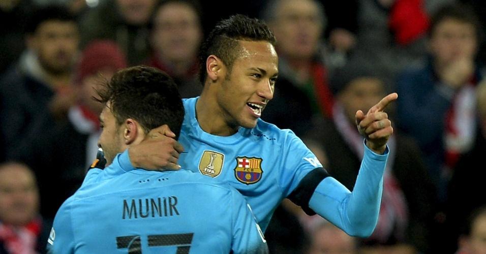 Neymar comemora com Munir o seu gol marcado contra o Athletic Bilbao, pela Copa do Rei