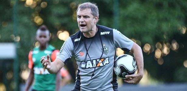 Concentração e força máxima. Diego Aguirre valoriza vaga na final do Mineiro