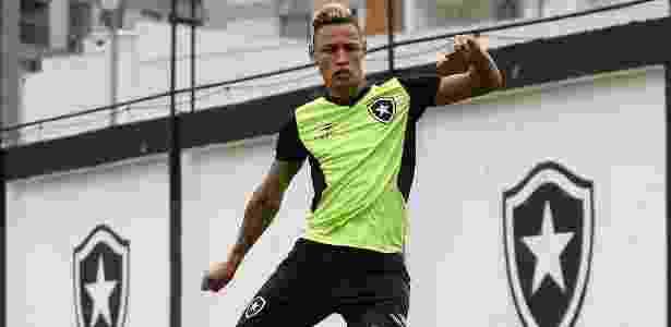 Neilton é um dos destaques do Botafogo na atual edição do Campeonato Brasileiro - Vítor Silva/SSPress/Botafogo
