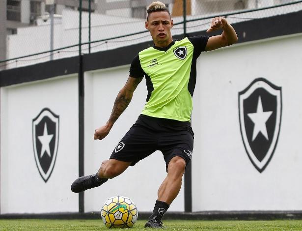 Neilton é um dos destaques do Botafogo na atual edição do Campeonato Brasileiro