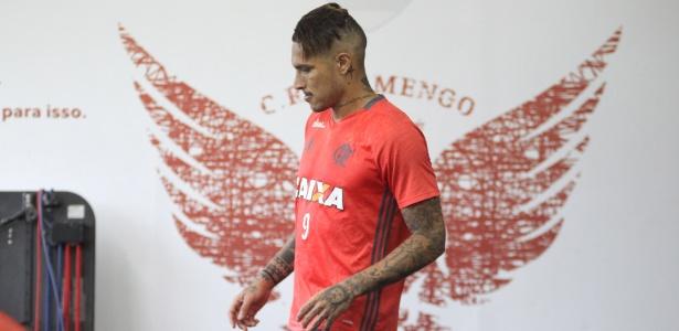 Guerrero é a esperança de gols do Flamengo na partida contra o Atlético-PR