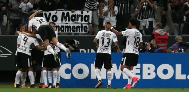 Corinthians avançou na Sul-Americana mesmo sem alguns titulares