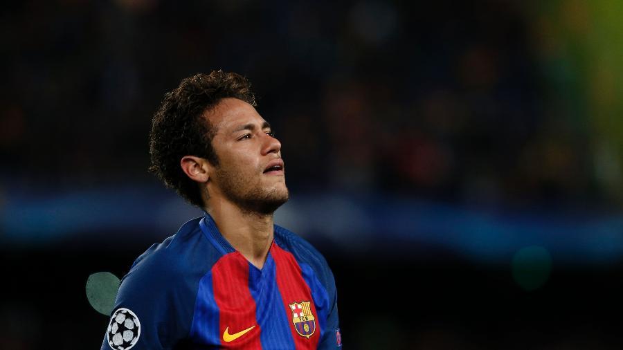 Neymar se lamenta após eliminação do Barcelona para a Juventus - AFP PHOTO / PAU BARRENA