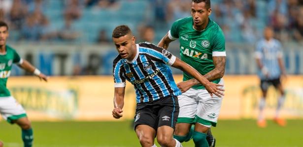 Meia-atacante saiu no início do jogo contra o Monagas-VEN e fará exame na volta ao Brasil