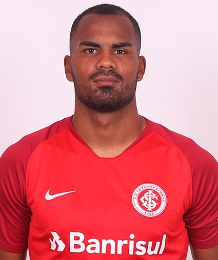 Thales Natanael Lira de Matos, zagueiro do Inter