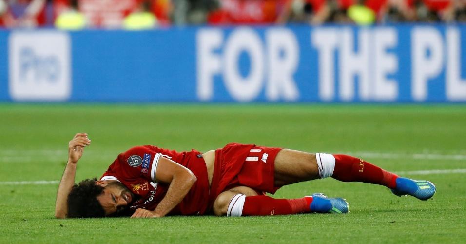 Salah chora após choque com Sergio Ramos