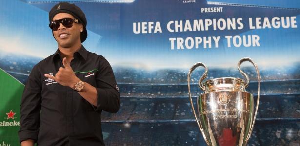 Para entrar no Brasil, Ronaldinho foi obrigado a entregar o passaporte - Freelancer/Getty Images