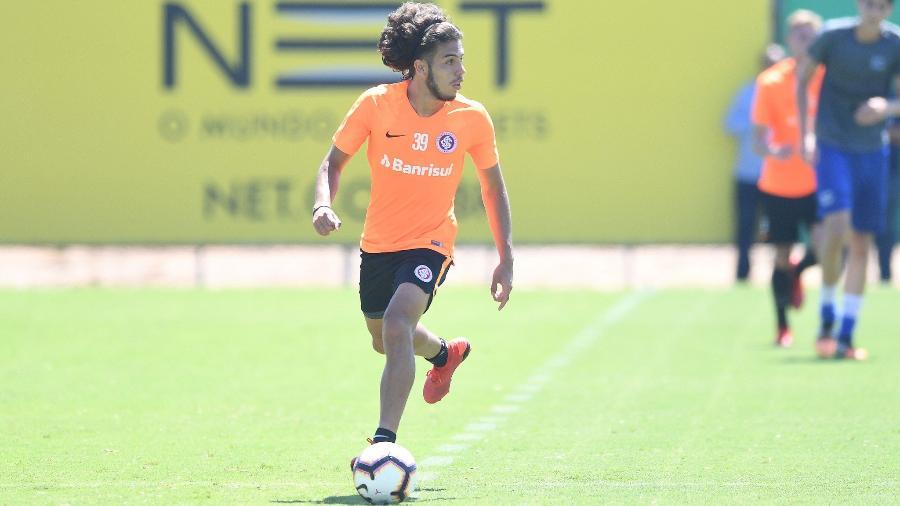Nonato foi expulso no Gre-Nal de domingo e ganhou proteção do Internacional - Ricardo Duarte/SC Internacional