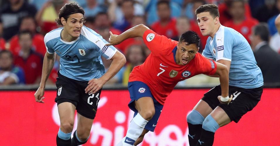 Alexis Sánchez, durante partida entre Chile e Uruguai