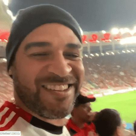 Adriano comemora vitória do Flamengo no Maracanã - Reprodução/Instagram