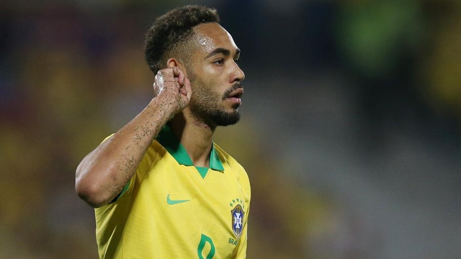 Matheus Cunha comemora segundo gol do Brasil contra a Argentina - LUISA GONZALEZ/REUTERS