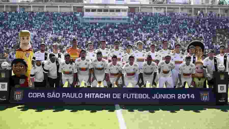 Equipe do Santos bicampeã da Copinha em 2014 - Divulgação/Santos FC