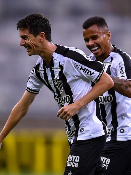 Nacho Fernández mais uma vez fez boa partida e ajudou o Atlético-MG em seu primeiro clássico no Brasil - Divulgação/Mineirão