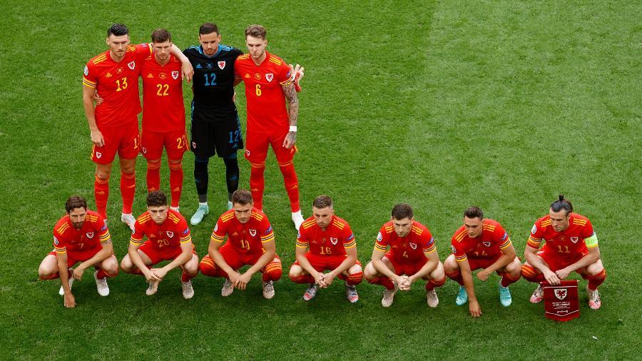 Tradição de foto torta não surtiu efeito para os galeses desta vez - Twitter/Eurocopa