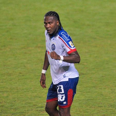 Rodallega marcou quatro vezes e Bahia venceu o Fortaleza no Pituaçu - Jhony Pinho/AGIF