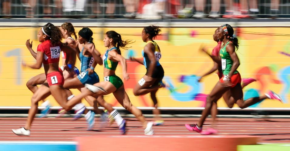 Bateria da brasileira Ana Claudia Silva nas eliminatórias dos 200m