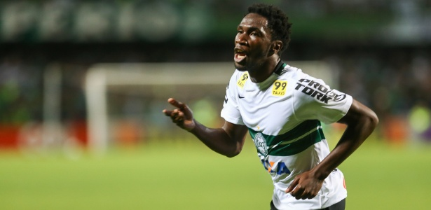 Negueba vira alvo do Grêmio para as fases seguintes da Libertadores, caso time avance