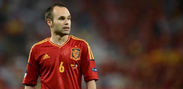 Espanha e Itália se enfrentam nesta segunda-feira (27)