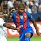 Barcelona exerce poder de compra e fica com zagueiro Marlon em definitivo