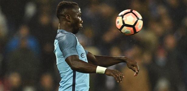 """Sagna """"questionou a integridade do árbitro"""", segundo comunicado da FA"""