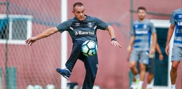 Rogério Dias está no Grêmio desde 2000 e chegou ao time principal em 2011