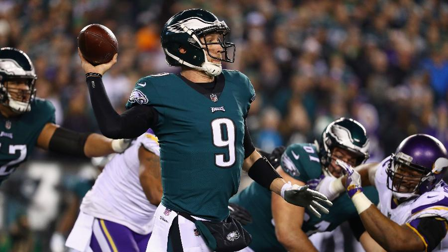 Nick Foles foi o grande destaque do Philadelphia Eagles em vitória sobre o Minnesota Vikings - Al Bello/Getty Images/AFP