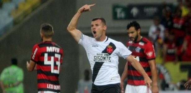 Wagner se destacou após saída de Paulinho e revelou estar próximo de renovar contrato