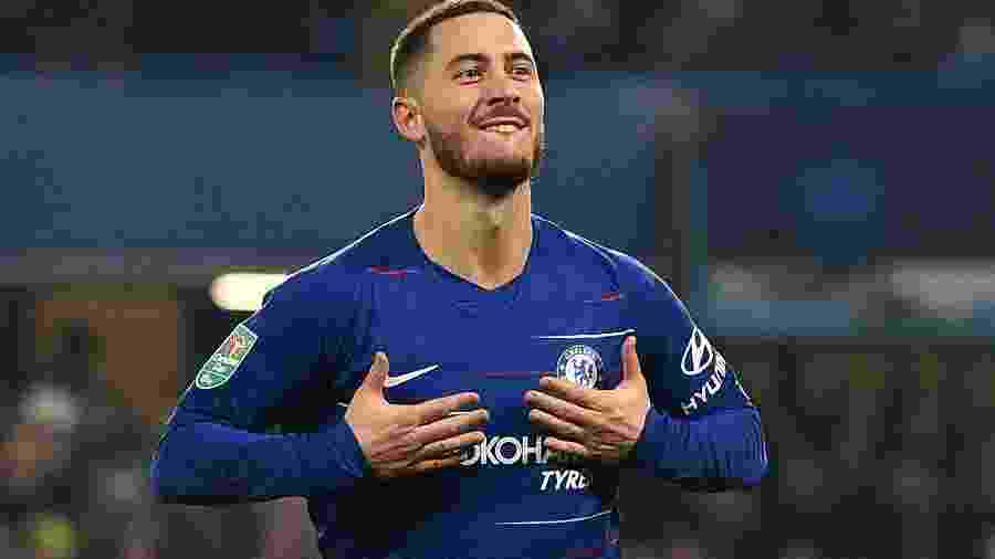 Hazard comemora após marcar pelo Chelsea sobre o Tottenham - Glyn KIRK / AFP