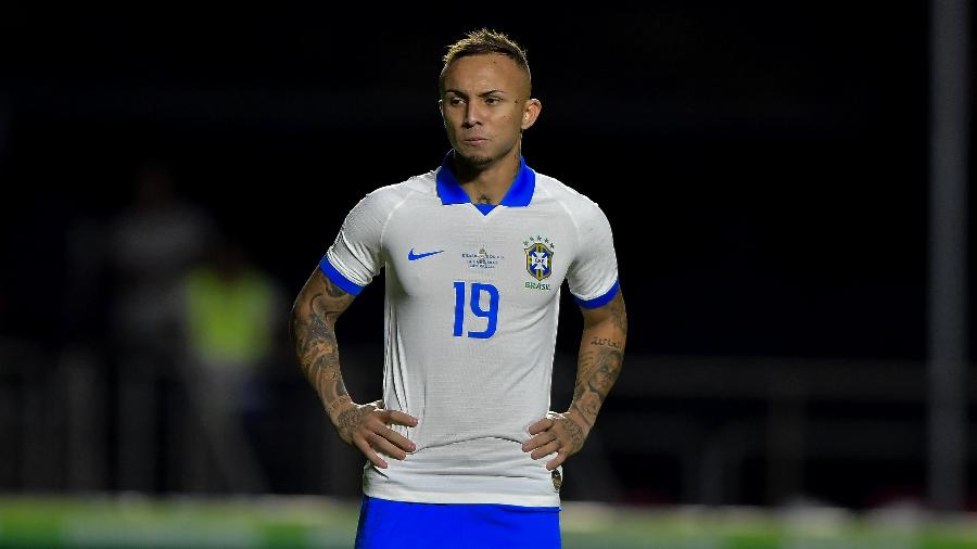 5aa9926dedacb Grêmio: Golaço pela seleção aumenta chance de saída de Everton
