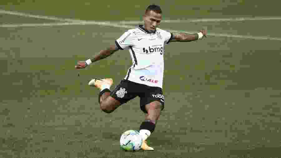 Otero cobra falta durante jogo do Corinthians no Brasileirão 2020 - Ettore Chiereguini/AGIF