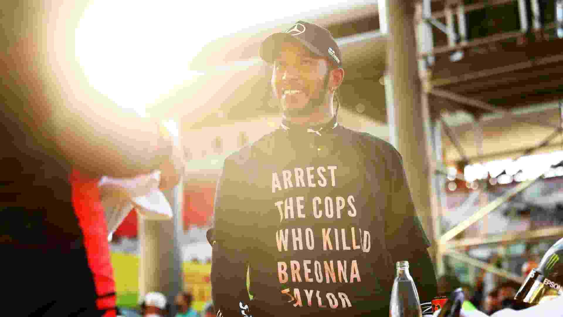 Lewis Hamilton usa camiseta em homenagem a Breonna Taylor no GP da Toscana - Dan Istitene - Formula 1/Formula 1 via Getty Images