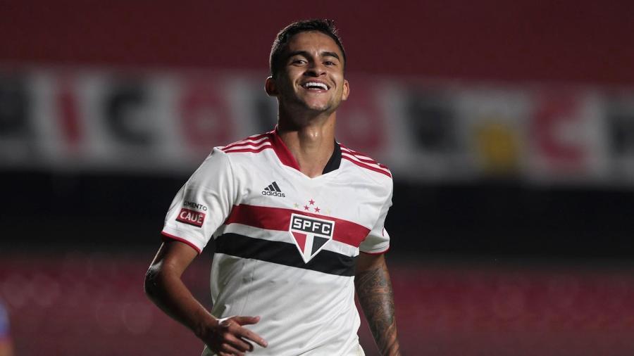 Rodrigo Nestor, meio-campista do São Paulo, se destaca sob o comando de Hernán Crespo - Rubens Chiri / saopaulofc.net