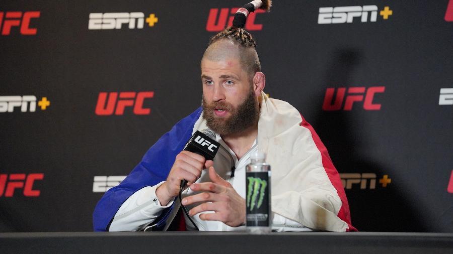 Jirí Procházka fala com a imprensa após nocautear Dominic Reyes no UFC Vegas 25 -  Louis Grasse/PxImages/Icon Sportswire via Getty Images