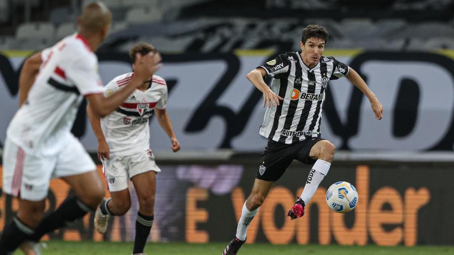 Nacho Fernández apresentou quadro gripal, teve a covid-19 descartada, e acabou poupado por Cuca - Pedro Souza/Atlético-MG