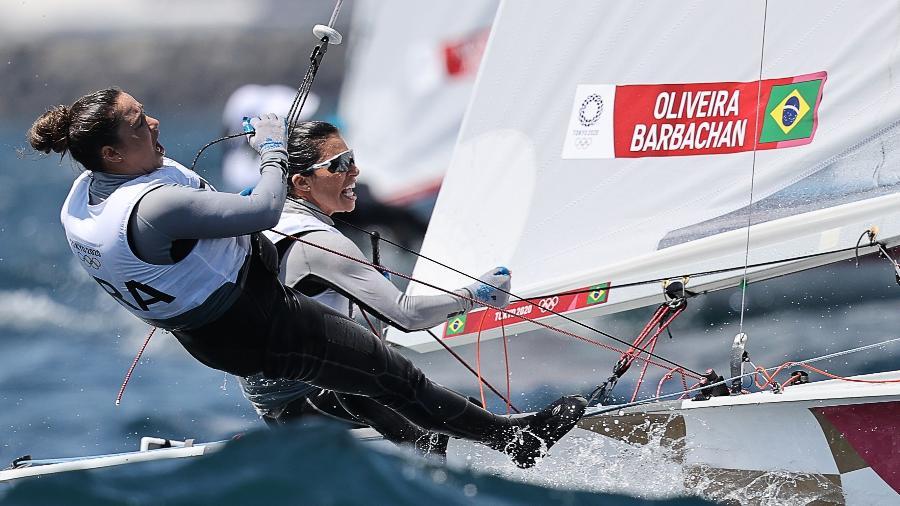 Fernanda Oliveira e Ana Barbachan em ação nas Olimpíadas de Tóquio - Carlos Barria/Reuters