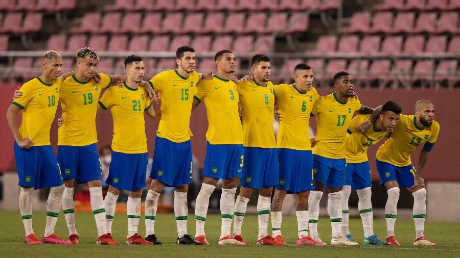 Jogadores da seleção brasileira perfilados durante cobranças de pênalti contra o México - Lucas Figueiredo/CBF
