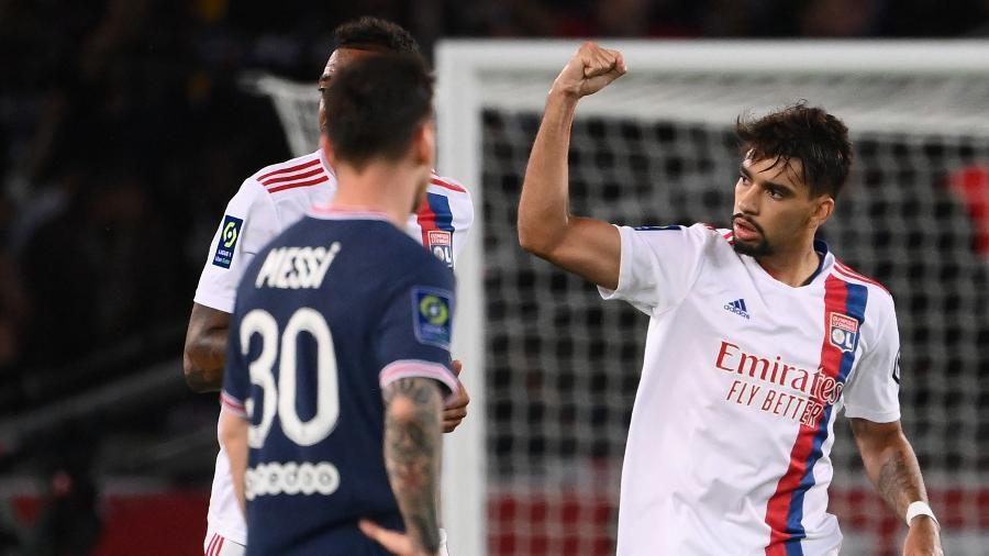 Lucas Paquetá fez o gol do Lyon na derrota contra o PSG - FRANCK FIFE / AFP