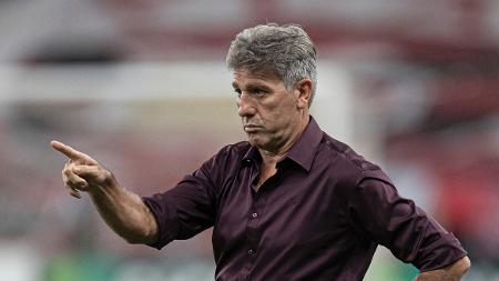 OPINI�O: Flamengo, Palmeiras e Galo n�o t�m t�cnicos � altura dos elencos