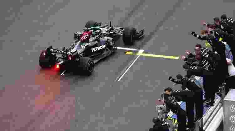 Hamilton vence em Sochi - Lars Baron - Formula 1/Formula 1 via Getty Images - Lars Baron - Formula 1/Formula 1 via Getty Images