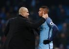 Guardiola discute com repórter e comete ato falho após empate do City